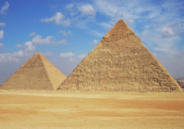 あなたも打ち立てましょう金字塔